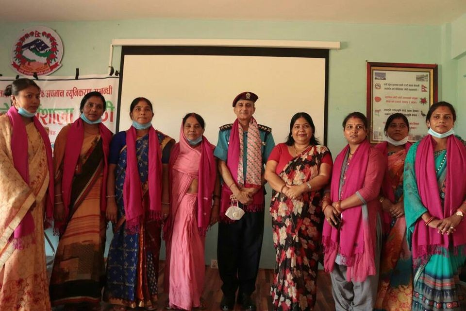निजगढमा महिला हिंसा तथा जेष्ठ नागरिक अपमान न्यूनिकरण गोष्ठि सम्पन्न