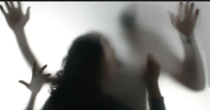 बालिका बलात्कार मुद्दामा प्रहरीको लापरवाही,  उजुरी आएन भनेर अभद्र व्यवहार मुद्दा